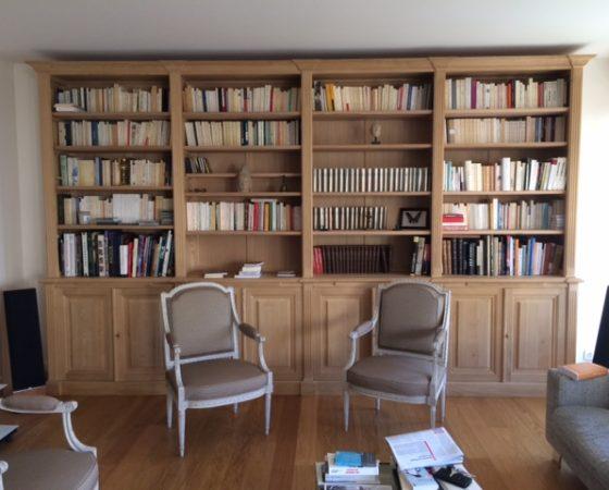 Bibliothèque de style Neo-Classique