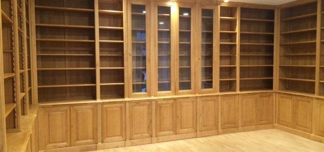 Très importante bibliothèque de parquet