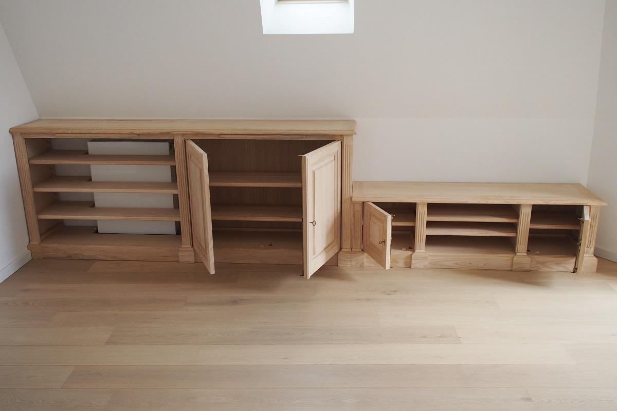 biblioth ques et meuble bas sur mesure sous un toit mansard. Black Bedroom Furniture Sets. Home Design Ideas