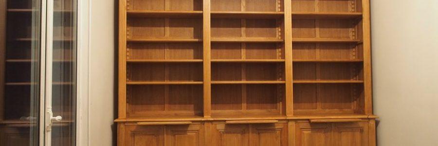 Bibliothèque de parquet de style Louis XVI