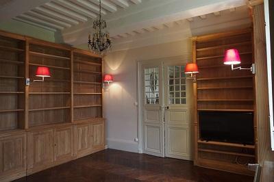 Bibliothèques sur mesure pour une propriété familiale en Bourgogne